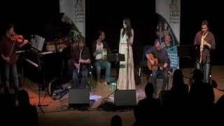 Gráinne Holland - An Seanduine Dóite - Gaelic Song