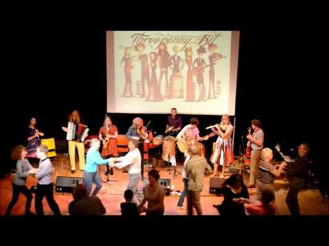 Lucky Seven @ Winchester Discovery Centre Ceilidh 2014