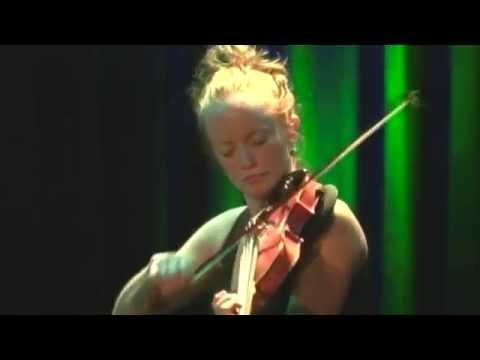 Hanneke Cassel - Disconnect
