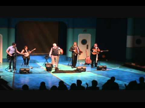 Derek Warfield & The Young Wolfe Tones - A Nation Once Again