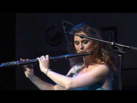 Karin Leitner plays