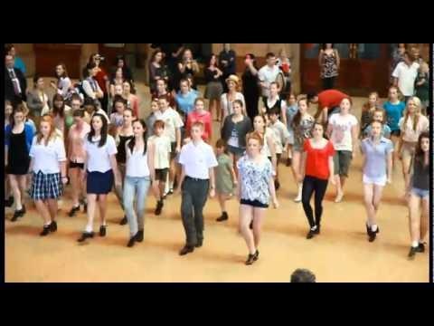 Riverdance Flashmob (Central Station, Sydney, Australia)