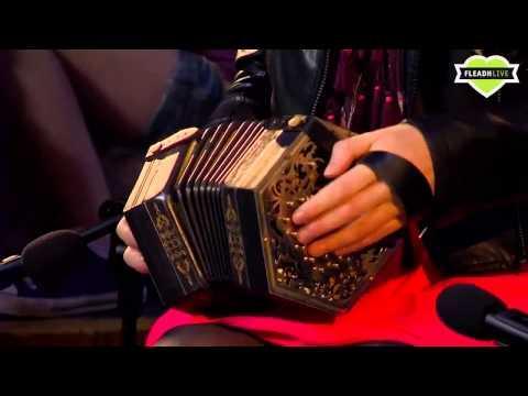 Caitlín Nic Gabhann - Caitlín Nic Gabhann & Ciarán Ó Maonaigh on Fleadh Live 2013