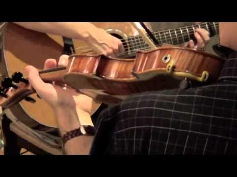 banna de dha? or Band of Two. Traditional Irish music for fiddle and guitar.