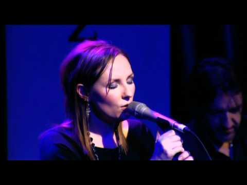 Julie Fowlis - 'Biodh an Deoch'