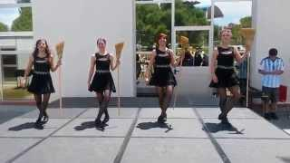 IRISH TREBLE DANZA -  IRLANDESA Brujas